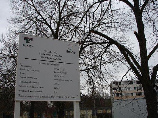 Du bois dont on fait les euro ! dans Billets d'HOU pancarte100000